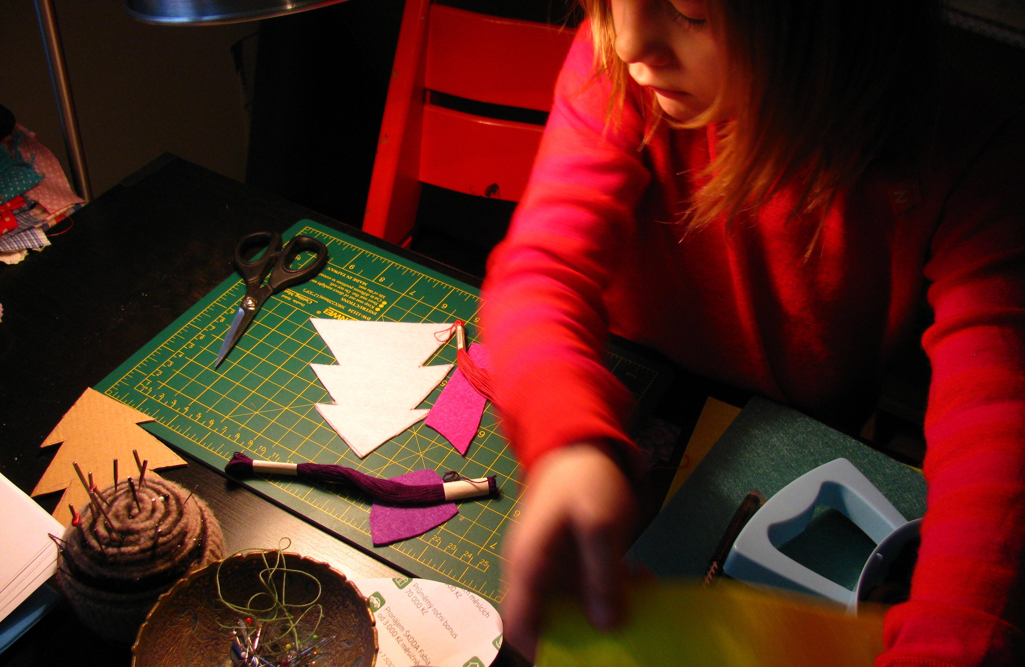 DESATERO pro práci s dětmi za zády  aneb  co jsem se naučila díky dětem o tvůrčích zálibách