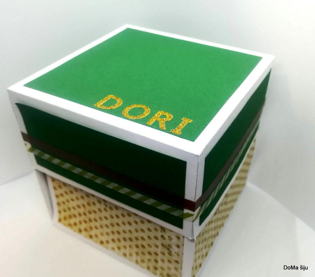 Krabička se jménem Dori